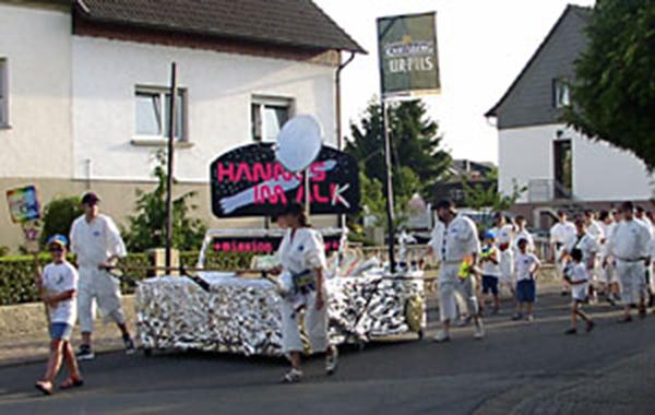 2003: Hannes im All(k)