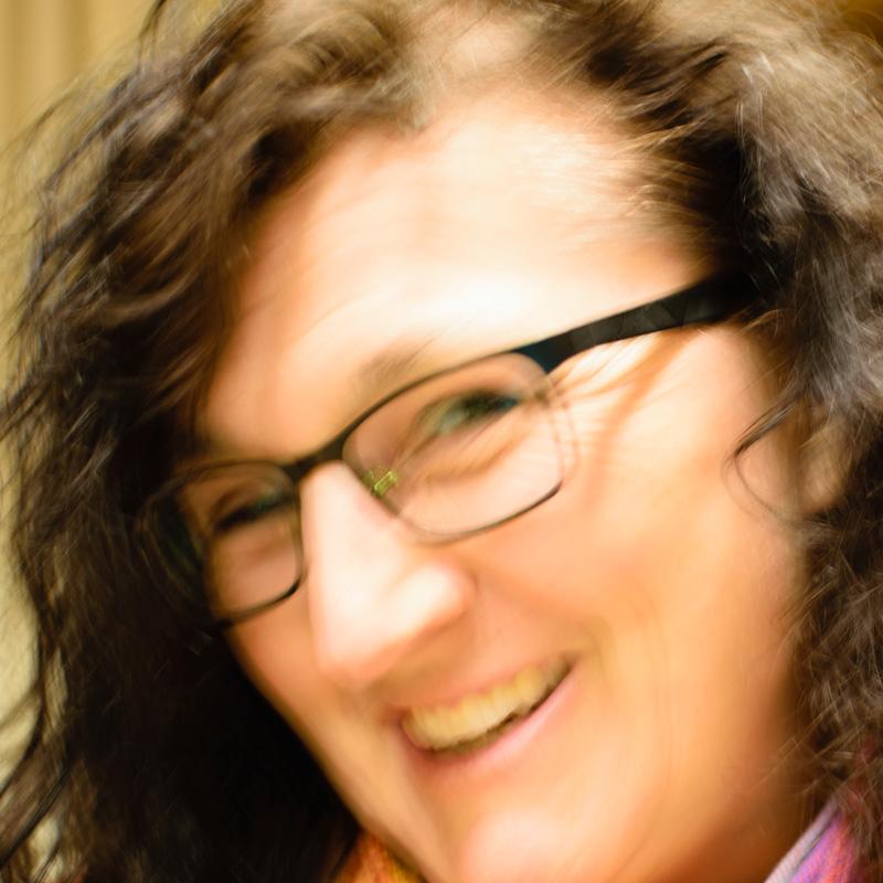 Monika Ersfeld * - Koordinatorin Jung & Sing